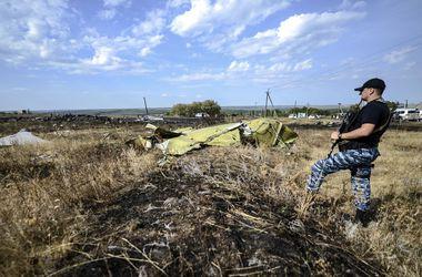 Международные эксперты до сих пор не могут обследовать место падения Боинга-777