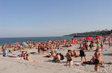 Санэпидемстанция запретила купаться на всех пляжах Одессы