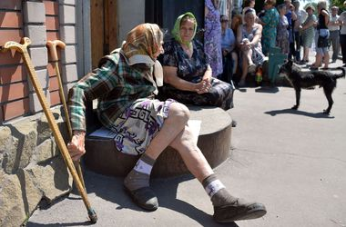 Жители Лисичанска продолжают разбирать завалы и радуются тишине