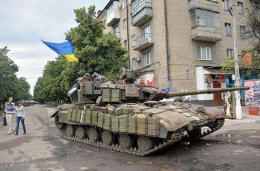 Ночью террористы атаковали позиции сил АТО при поддержке 7 танков - Тымчук