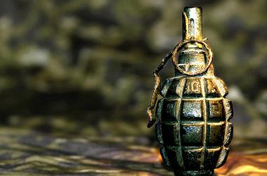 В Донецкой области погибли два человека, разбирая гранату