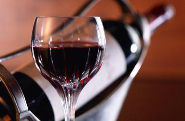 У трудоголиков больше шансом стать алкоголиками - ученые