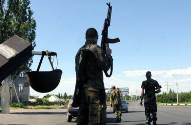 В Донецке боевики превратили больницу в свой штаб, а возле Саур-Могилы опять идет бой