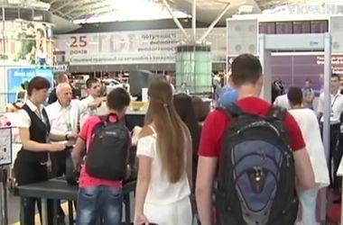 """Как теперь проверяют пассажиров в """"Борисполе"""""""