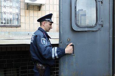 Киевская милиция поймала банду, ограбившую ночной киоск