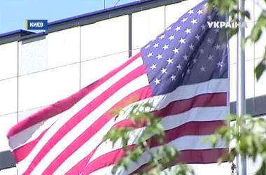 Консульство США приостановило выдачу виз иностранцам