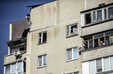 Террористы обстреливают Донецк из тяжелых орудий