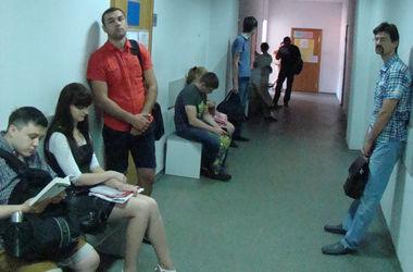 Киевские центры по предоставлению админуслуг обещают избавить от очередей и бюрократии