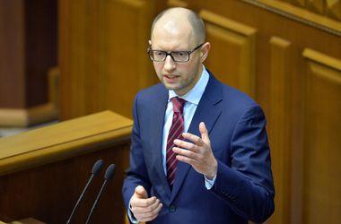 Яценюк: Украина никогда не огласит дефолт