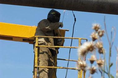 Газопровод в Донецке поврежден осколками мин и усеян пробоинами