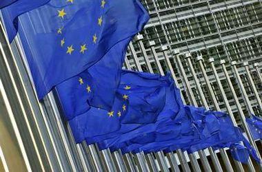 Совет ЕС официально ввел экономические санкции против России