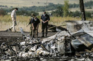 """Гройсман: Контактная группа договорилась, что боевики отдадут вагон с вещами погибших с """"Боинга"""""""