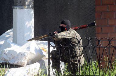 В Шахтерске террористы обстреляли бойцов АТО из минометов