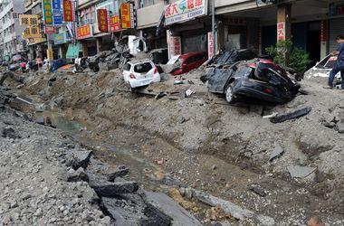 Сотни людей пострадали из-за серии взрывов на Тайване