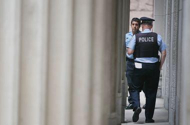 В Филадельфии неизвестные открыли стрельбу на улице