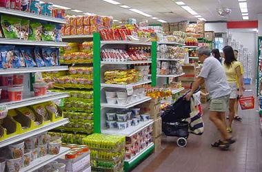 В РФ надумали ограничить количество импортных товаров в магазинах