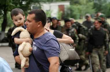 В Полтаве предлагают ставить военнообязанных беженцев из Донбасса на военный учет