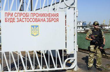 СНБО: Россия продолжает нарушать воздушное пространство Украины, обстреливать из артиллерии и пропускать террористов
