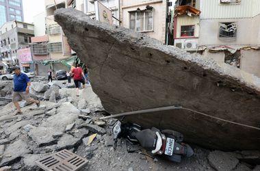 Десятки людей погибли, сотни пострадали в пылающем городе на Тайване
