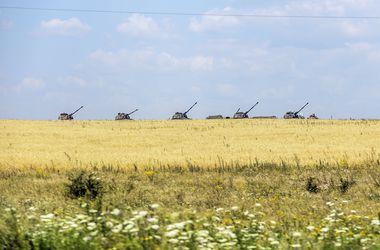 СНБО: Террористы на Донетчине обстреливали силы АТО из артиллерии и танков