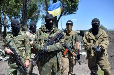 Столичные власти просят киевлян материально помогать пострадавшим военным