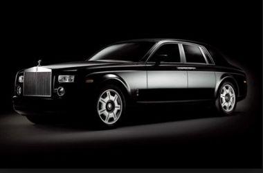 Киевский миллионер продает Rolls-Royce и идет на фронт