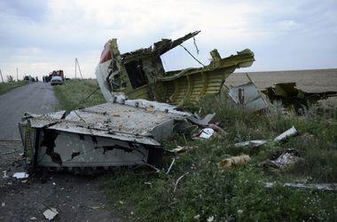 Малазийские полицейские отправились из Киева на место падения Boeing