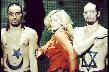Призыв Мадонны к прекращению огня в секторе Газа вызвал скандал