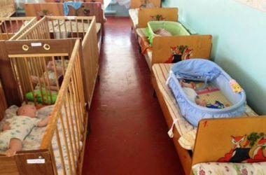 Около полусотни детей-сирот из Донецкой области эвакуированы фондом Рината Ахметова