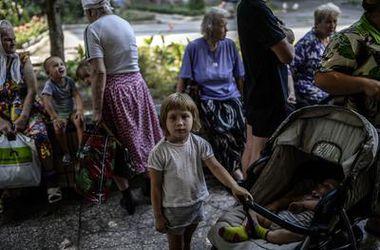 В СНБО рассказали, как жители могут покинуть Донецк, Луганск и Горловку