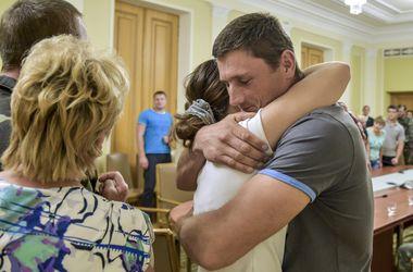 Как происходила операция по обмену заложниками на агента ФСБ