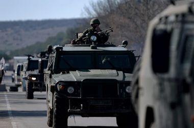 Российские военные стягивают технику к границе с Украиной