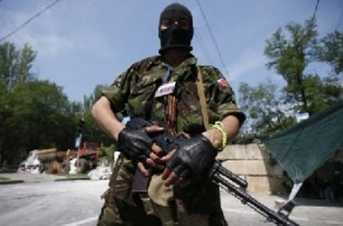 В Харцызске неизвестные обстреляли горотдел милиции