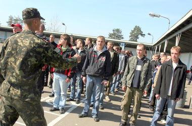 Военкомов хотят отправлять на фронт вместе с призывниками