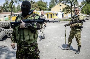 """Боевики """"ДНР"""" похитили детей начальника колонии и заставили его освободить опасного террориста"""