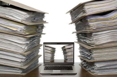 Порошенко переводит свою администрацию на электронные документы