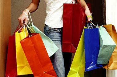 Украинцы боятся потерять работу и откладывают крупные покупки