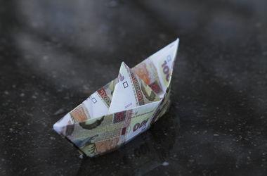 Нацбанк не будет укреплять гривню за счет своих резервов