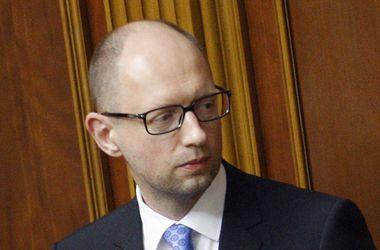 Яценюк анонсировал 26 видов санкций против России и персональные санкции против ряда россиян