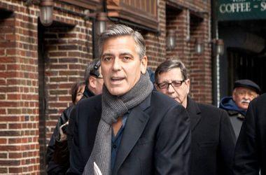 Джордж Клуни попросил Джорджио Армани заняться его костюмом для свадьбы
