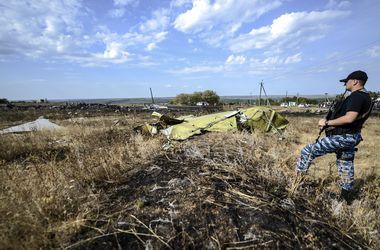 Силы АТО не будут вести боевые действия в зоне падения Боинга