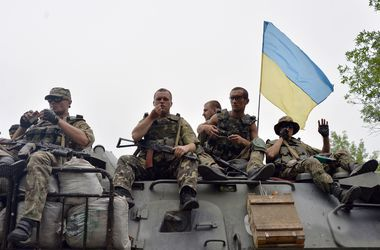 Украинские десантники освободили село Круглик в Луганской области, проходит передислокация сил АТО – СНБО