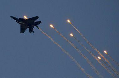 США начали повторный обстрел исламистов в Ираке