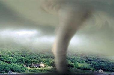 """Жертвами тайфуна """"Халон"""" в Японии стали 4 человека, пострадали 26"""