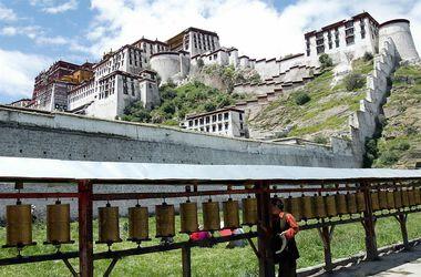 Резонансное ДТП в Тибете унесло жизни 44-х человек