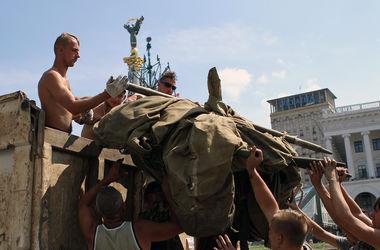 На Майдане почти порядок