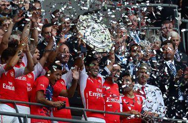 """Лондонский """"Арсенал"""" выиграл первый трофей нового сезона в Англии"""