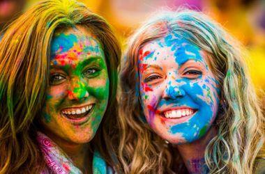 В Киеве прошел яркий фестиваль красок