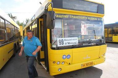 Киевский автобус №100 меняет маршрут движения (схема)
