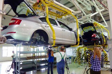 <p>Производство автомобилей в Украине сократилось в 9 раз. Фото:autonews.autoua.net</p>